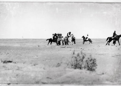 +The-running-of-a-race-on-Race-Day-at-Birdsville.-1920.